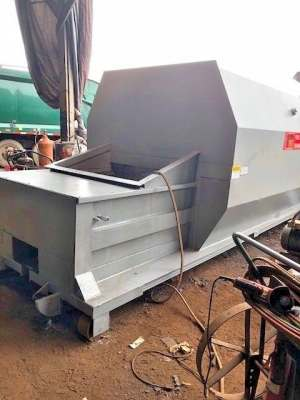 PTR 35 Yd Self Contained Compactor
