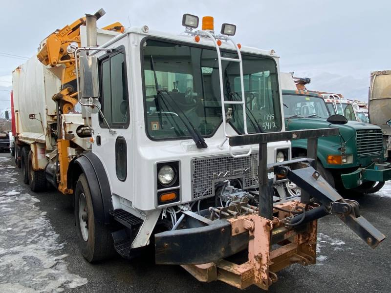 1996 Mack MR688 with Labrie Sideload Garbage Truck