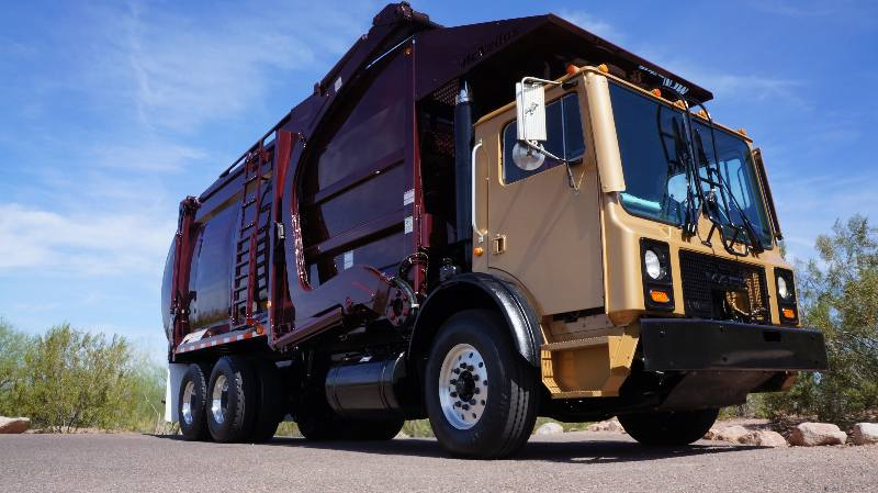 2006 Mack MR Mcneilus FL - Top Specs!