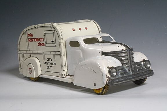 1940s Marx City Sanitation Garbage Truck Toy